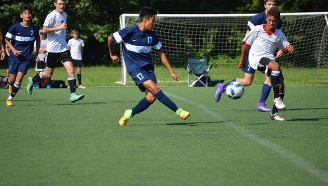 Jordi Palacios-Tomas (17) and Enka are 4-0-2 so far this soccer season.