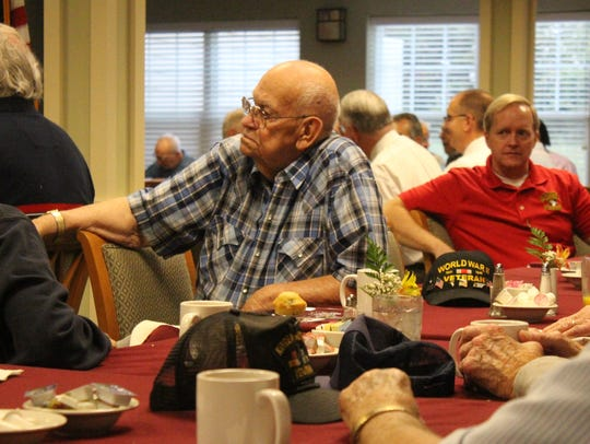 Veterans at Fieldstone Place listen to Montgomery County
