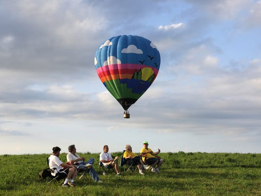 635735507657176442-635735469534068367-nw.Balloons-Sunday-10