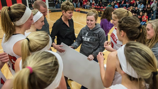 Marshall Middle School teacher Kari Jolink died Feb. 24 from non-small cell adenocarcinoma lung cancer. The Marshall High School girls basketball team honored Jolink during their state championship run.