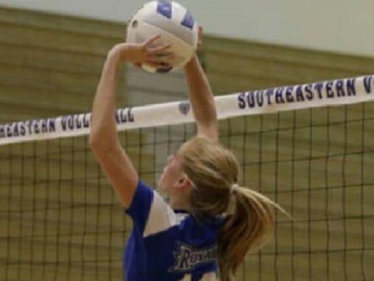 Hamilton Southeastern High School volleyball setter Kenzie Hinshaw.