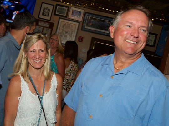 Beth Hanna and Ken Duke were among the 200 guests at Carsons Tavern supporting the 17th annual Robert F. Novins Memorial Golf for Life reception.