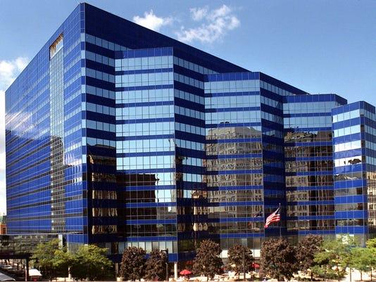 Reuss Federal Plaza
