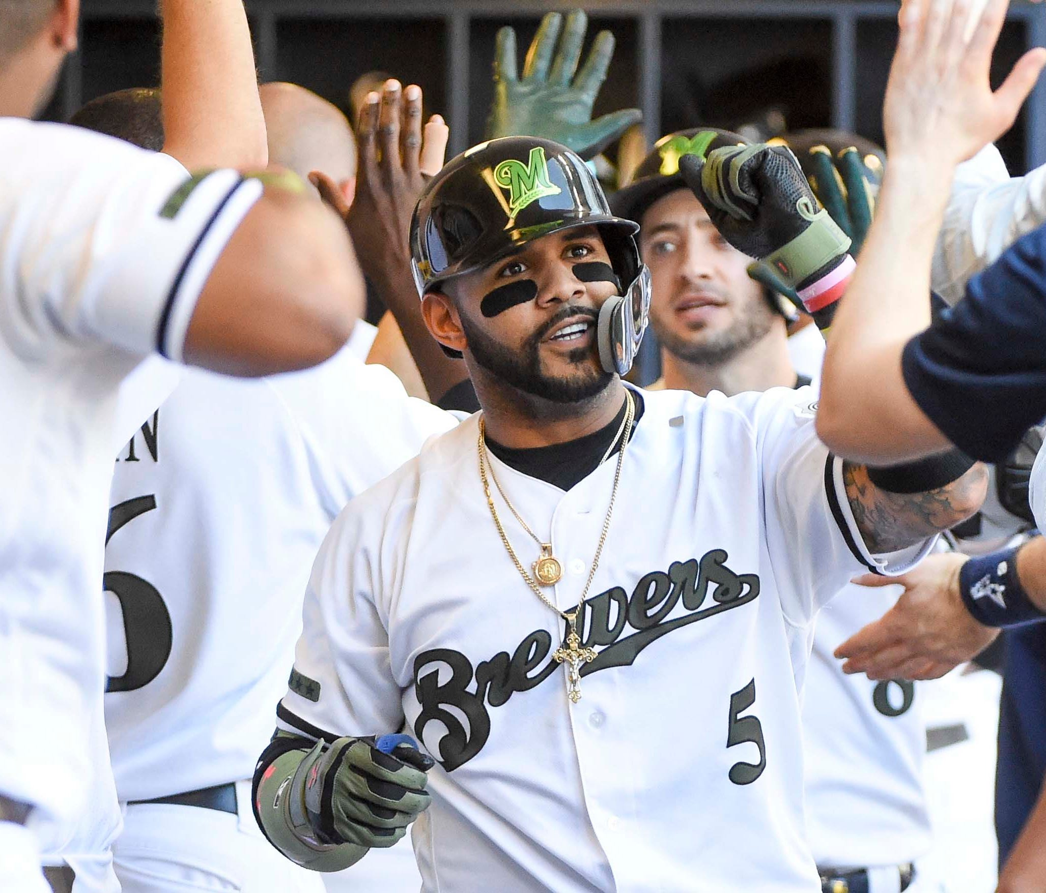 Jonathan Villar and the Brewers own the best record in the NL.