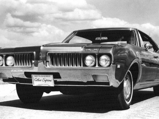 1969 Oldsmobile Cutlass Supreme.