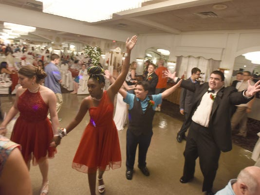 Special-needs-prom1