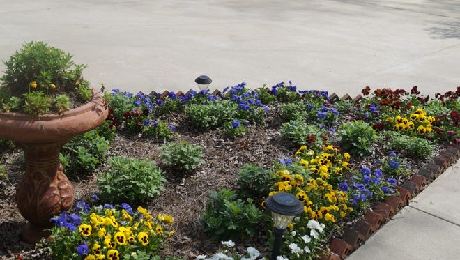 For many, the flower bed is the one garden element that serves as the highlight of the landscape.