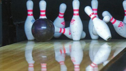Illustration: Bowling ball and pins.