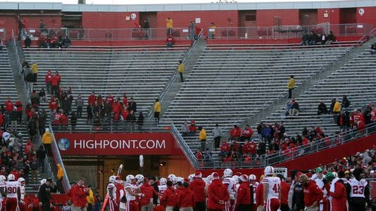 Judging by its attendance at Saturday's football game, the Rutgers student body already has given up on the season.