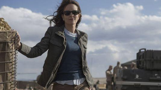 """Tina Fey is good as an inexperienced reporter in Afghanistan in """"Whisky Tango Foxtrot."""""""