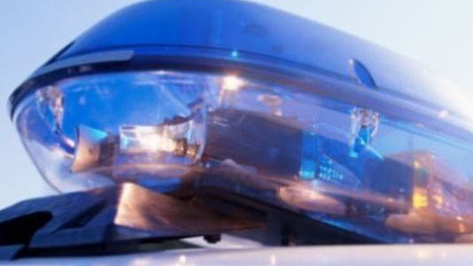 Brentwood police are asking drivers to find an alternate route after a crash shuts down Wilson Pike.
