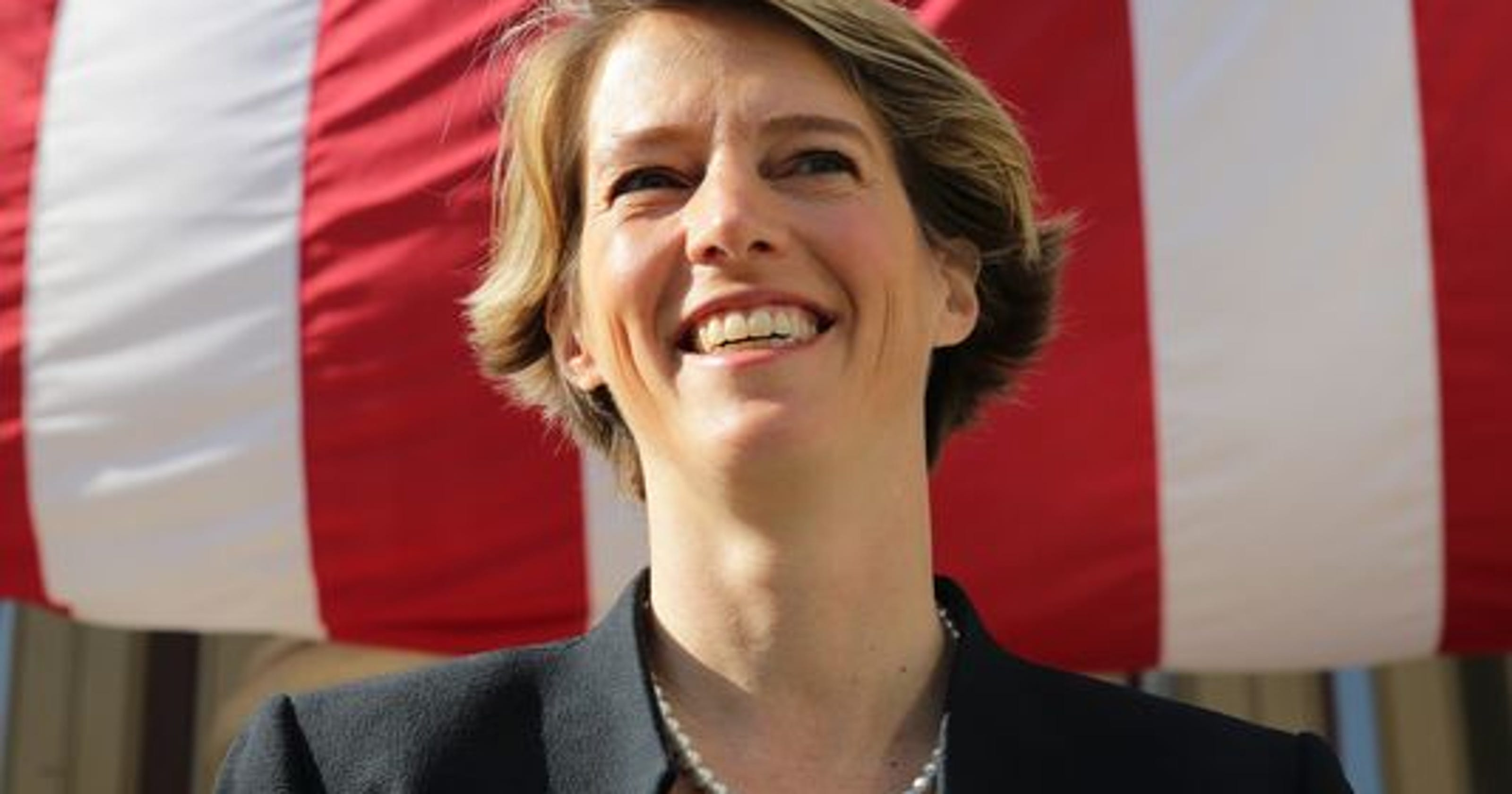 Teachout, Wu sue state Democrats over pro-Cuomo mailers