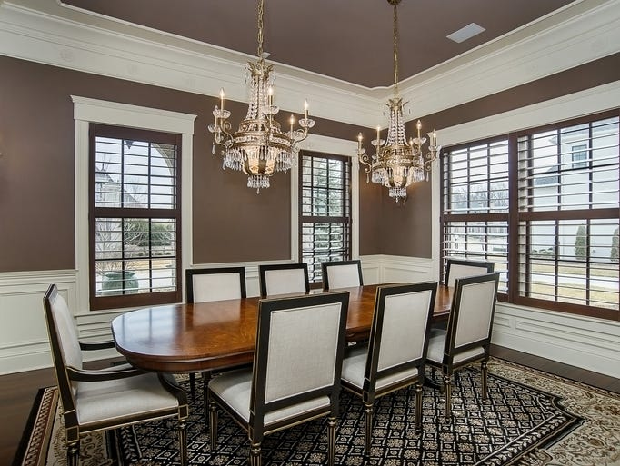 Hot property inside a estate in carmel 39 s west clay for Dining room 10 x 11