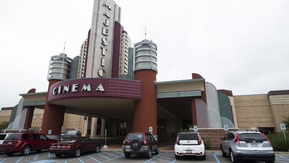 Marcus Theatres will install reclining lounge chairs