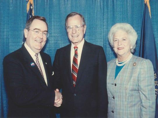 Bob Gable meets George and Barbara Bush.