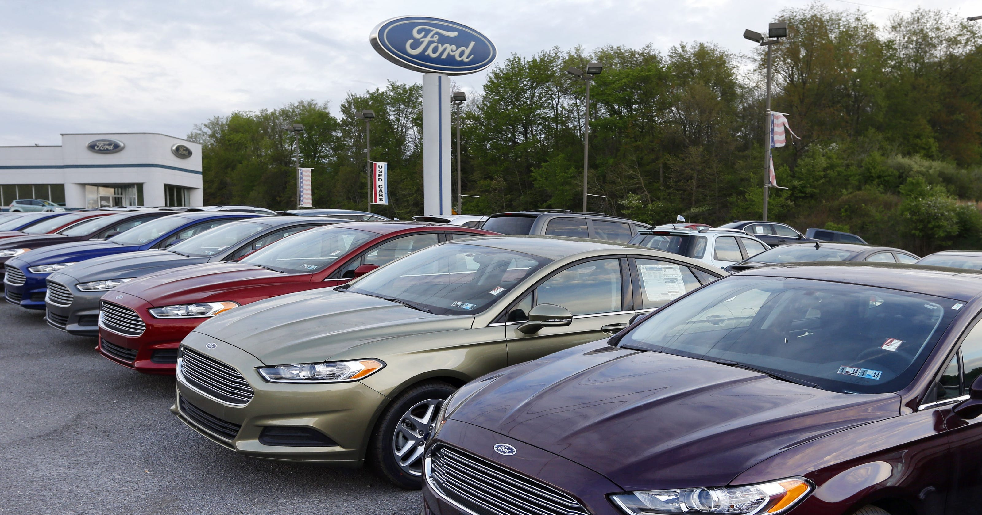 U S Auto Sales Record Streak Snapped In 2017