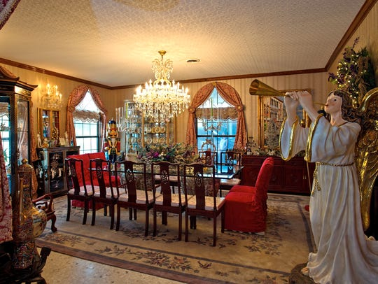 The large formal dining room is just off of the entry