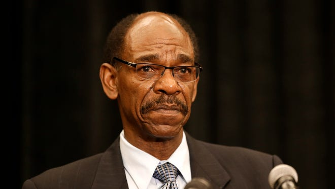 Former Texas Rangers manager Ron Washington makes a statement at a news conference.