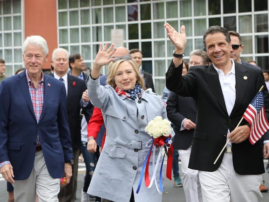 Clintons Cuomo in New Castle parade 2018