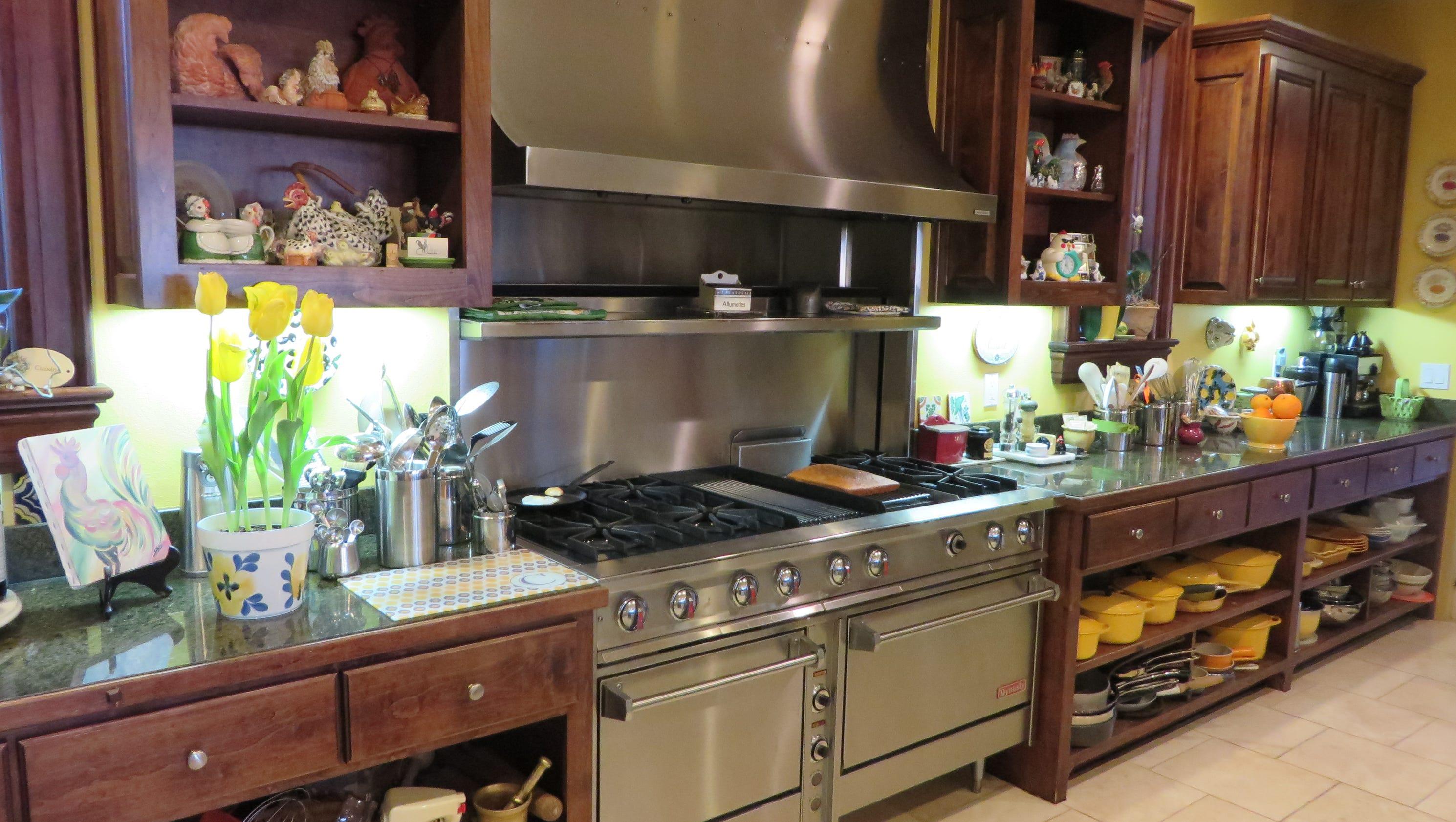 Manage A Restaurant Kitchen