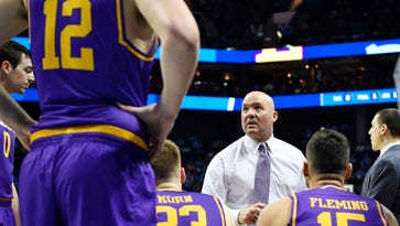 Watch Lipscomb basketball coach Alexander's intense speech after North Carolina loss