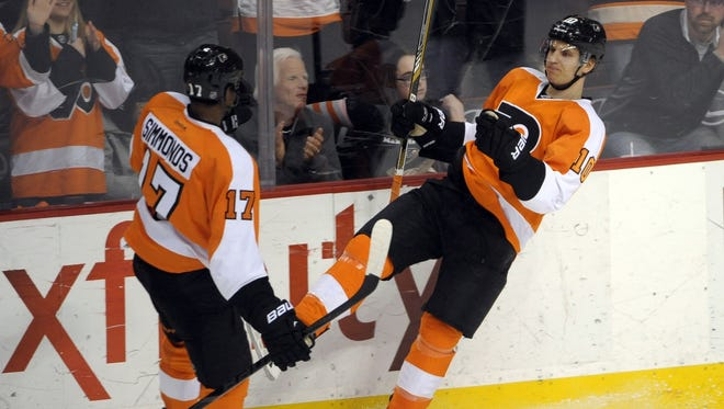 Brayden Schenn scored twice. He gives the Flyers six 20-goal scorers on the season.
