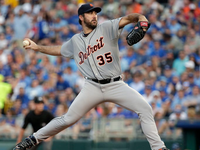 Tigers starter Justin Verlander delivers a pitch during