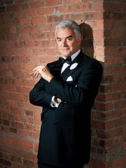 Chicago: The Musical will star John O'Hurley as slick lawyer Billy Flynn during eight performances at Reno's Pioneer Center next week.