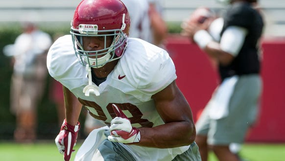 Alabama tight end O.J. Howard (88) as practice is held