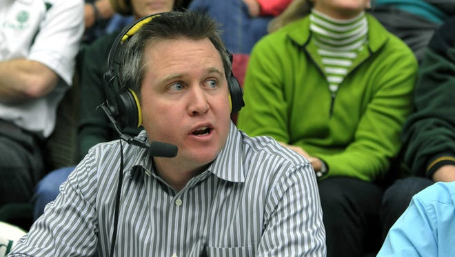 Brian Roth, a part of the radio broadcast team for CSU's football and basketball games since 2000, is returning to the play-by-play announcer's role in 2016-17. Roth previously held that role from 2010-12.