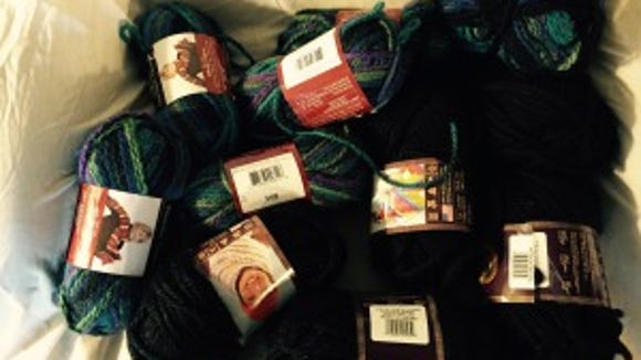 The black Hometown yarn goes with the multicolored Charisma.