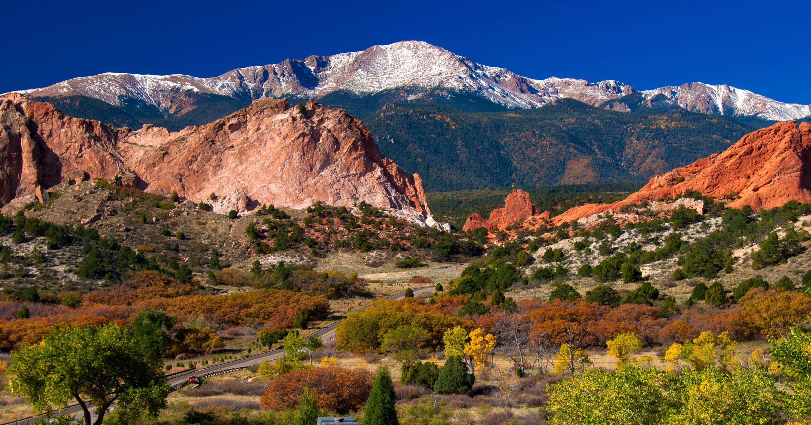 Purple mountain majesty: Beautiful views of Colorado\'s Pikes Peak