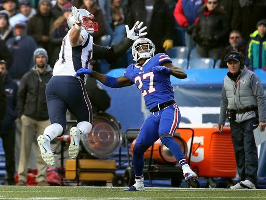 Bills Tre'Davious White fights for position with Patriots