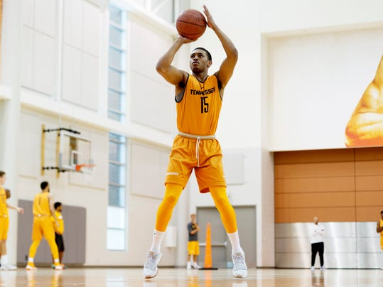 Tennessee's James Daniel III goes through a shooting drill during Tennessee summer basketball practice at Pratt Pavilion in Knoxville, Tenn., on Tuesday, July 18, 2017. (Calvin Mattheis/Knoxville News Sentinel via AP)