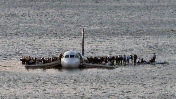 AP YE Plane Splashdown
