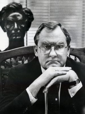 """Illinois Gov. James R. Thompson poses in his Chicago office in this Oct. 14, 1986, file photo. """"Big Jim"""" Thompson spent 14 years in the governor's office, displaying a joy for the job that no governor has matched since."""
