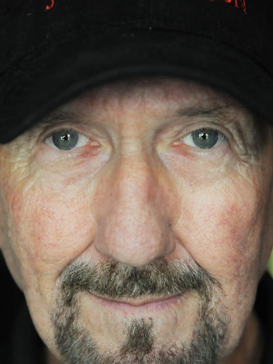 SHR James Burton 4