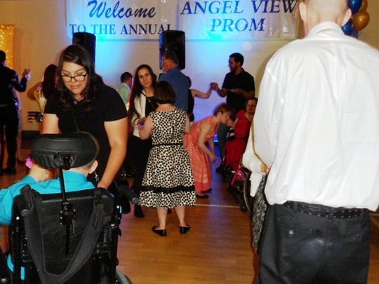 On April 9, 100 Angel View clients enjoyed their 12th annual prom, sponsored by Rotary Club of Palm Springs.