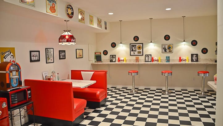 Take a Virtual Tour: $535K Battle Ground home has its own diner