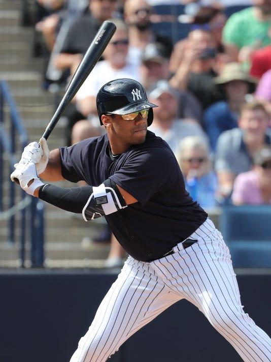 USP MLB: SPRING TRAINING-ATLANTA BRAVES AT NEW YOR S BBO NYY ATL USA FL