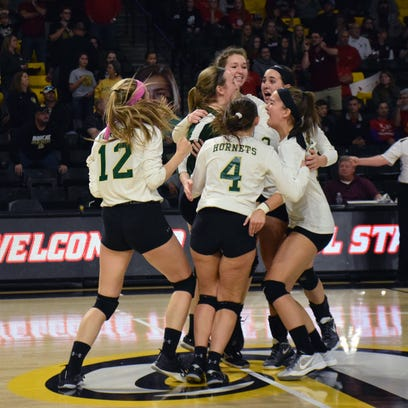 Wilson earns state volleyball crown in dramatic fashion