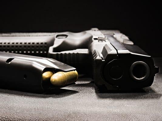 handgun-ThinkstockPhotos-506101244.jpg
