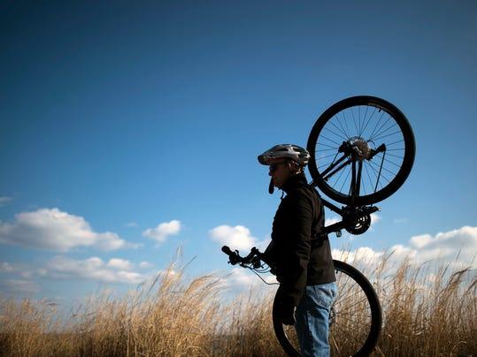 -SBYTab_11-26-2014_DECoast_1_T001~~2014~11~23~IMG_jl_boardwalk_bike_11_1_1_U.jpg