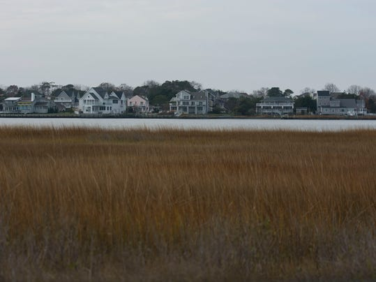houses wetlands.jpg