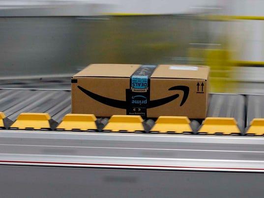 636579398988393523-Trump-Amazon.jpg