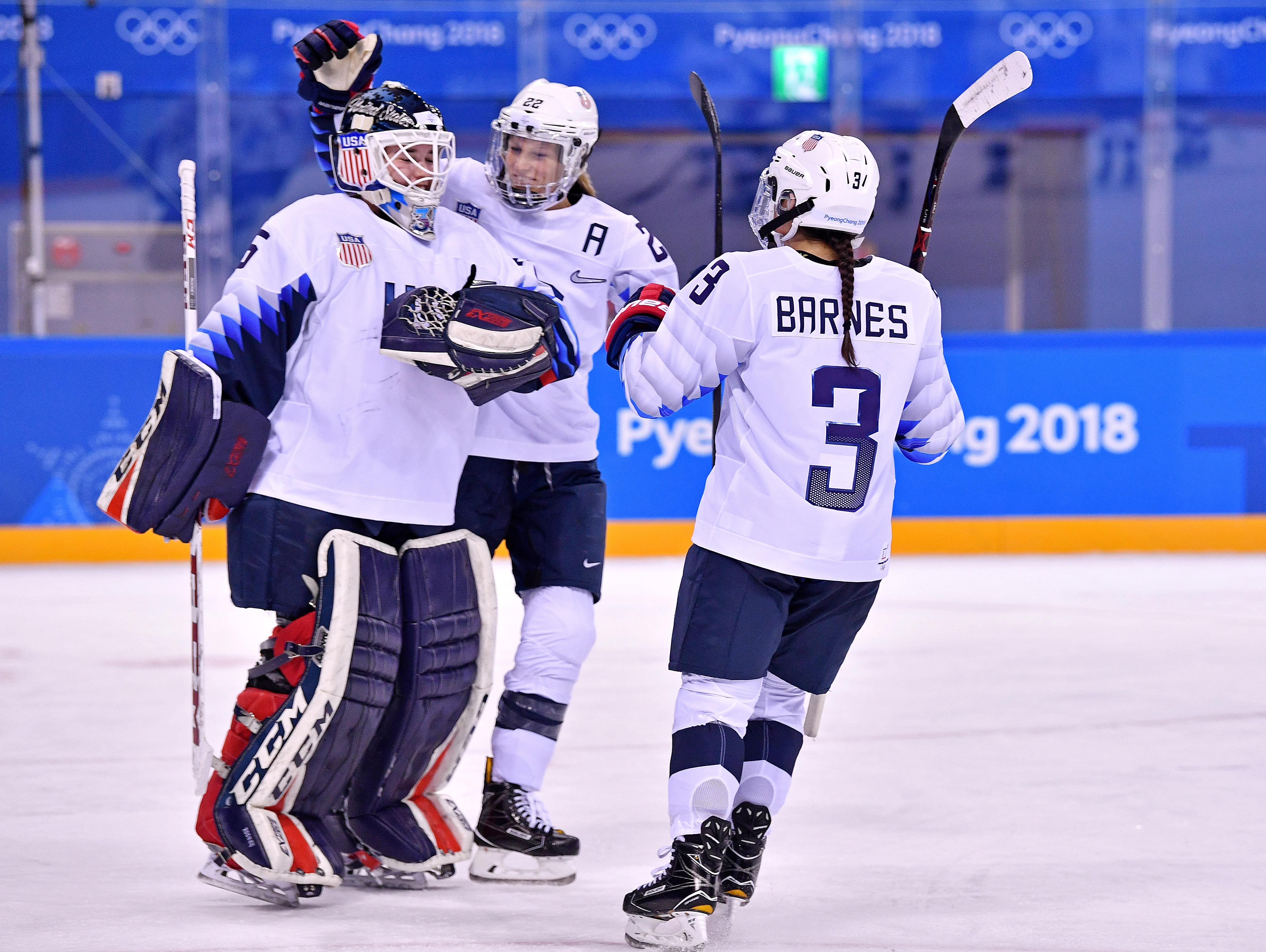 U.S. women's hockey team opens with 3-1 win vs. Finland, but it wasn't easy