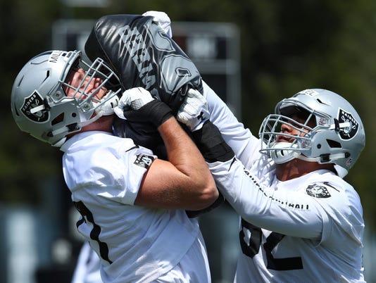 AP RAIDERS CAMP NFL FOOTBALL S FBN USA CA