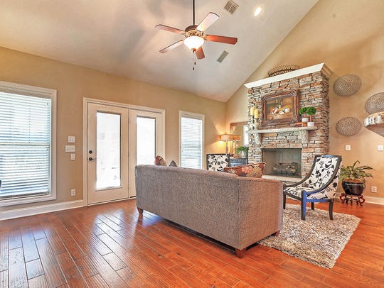 Efficient floor plans and architecturally pleasing