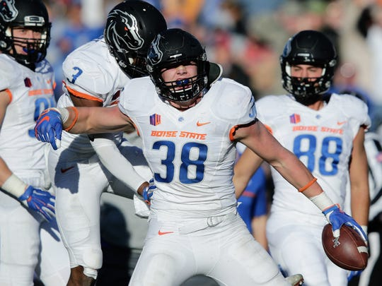 Boise State linebacker Leighton Vander Esch is a top first-round target for the Dallas Cowboys.