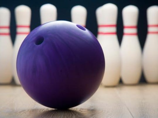 webart sports bowling ball and pins